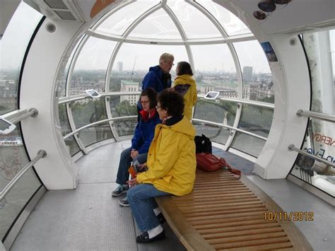 Inside the Pod - Picture of The London Eye, London