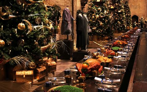 Harry Potter Fans Can Enjoy a Magical Christmas Dinner at