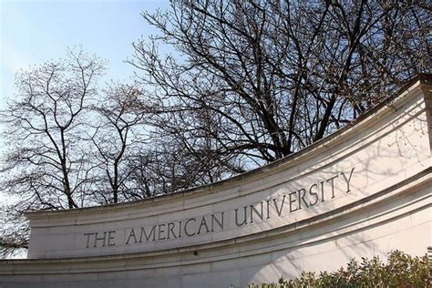Joining the Ranks: Do Colleges' Academic Rankings