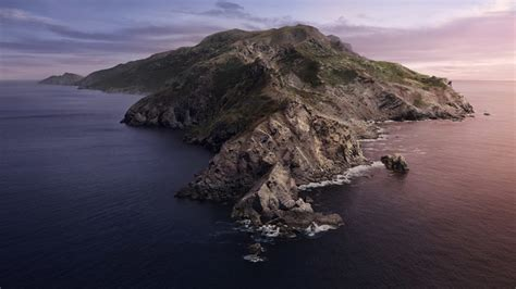 Download the Official macOS Catalina Wallpaper Here