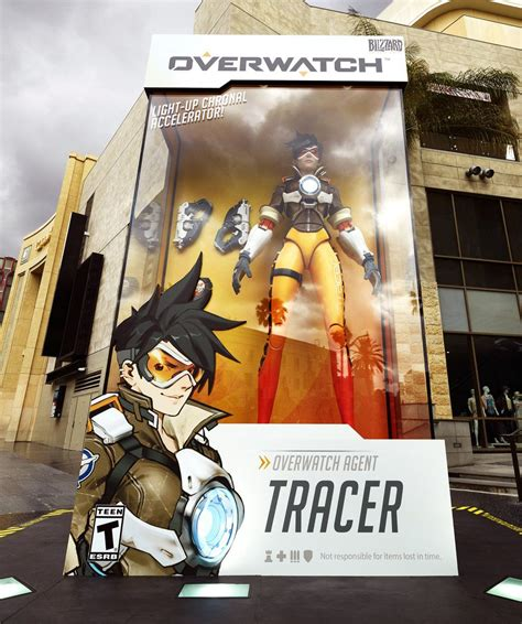Overwatch: large statues, Blizzard fan art, and Clueless
