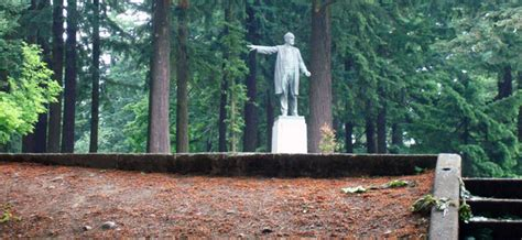 There's a Portland Volcano! Visiting Mount Tabor Park in