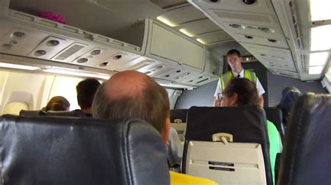 Inside an ATR 72 American Airlines - YouTube