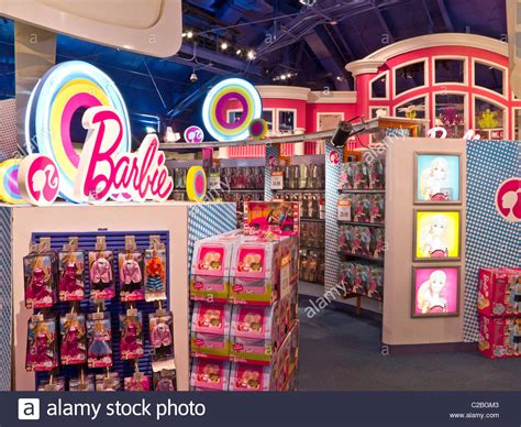 Interior, Barbie's Dream House Display, Toys R Us,Times
