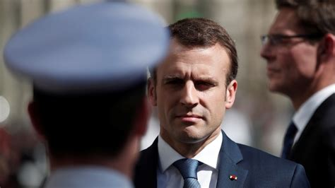 At least 55% of French 'dissatisfied' with President