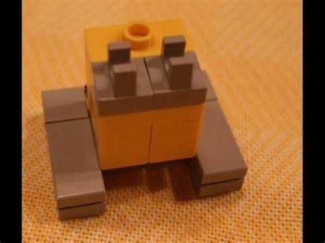 LEGO Micro-Scale WALL-E Building Instructions - YouTube