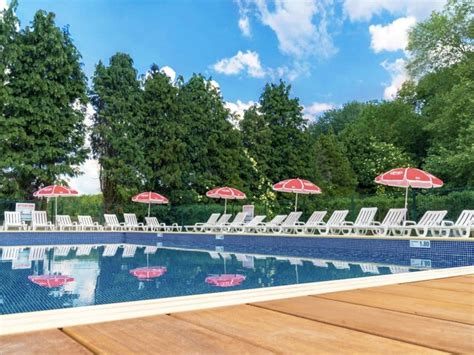 Discover the bathing area at the camping Le Grand Paris