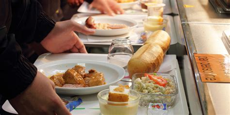 France's Far-Right To Ban Faith-Based School Lunch Options