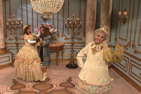 SNL: Emma Thompson revisits Beauty and the Beast and it'd