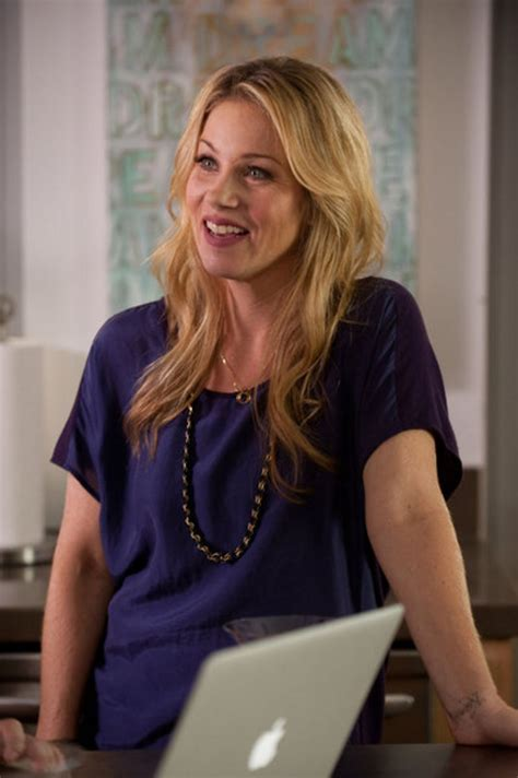 Yikes, Christina Applegate Has Quit Up All Night