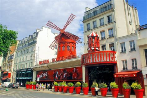 How to Get to the Moulin Rouge